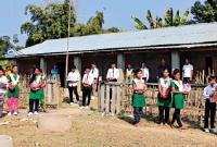 গ্রামবাসীর চাঁদার টাকায় চলা বিদ্যালয় জেএসসিতে শীর্ষে