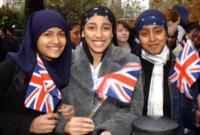 ৩-কারণে-ইসলাম-ধর্ম-গ্রহণ-করছে-ব্রিটিশ-তরুণ-তরুণীরা