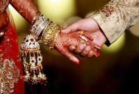 সাড়ম্বরে-স্ত্রী-র-সঙ্গে-প্রেমিকের-বিয়ে-দিলেন-স্বামী-দিলেন-উপহারও