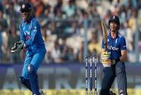তিন-ইংলিশ-ফিফটিতে-রান-পাহাড়ের-নিচে-পড়েছে-ভারতীয়-ক্রিকেট-দল