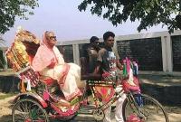 নেত্রকোণা-গিয়েও-রিকশায়-চড়লেন-প্রধানমন্ত্রী