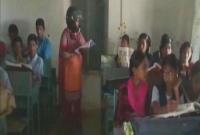 কেন-এই-স্কুলে-হেলমেট-পরে-ক্লাসে-আসছেন-শিক্ষকরা-