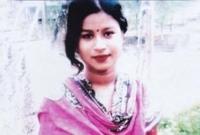 রাস্তার মাঝে বখাটেরা চুল কেটে নেয়ায় সুন্দরী কলেজ ছাত্রীর আত্মহত্যা