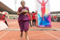 শাড়ী-পরে-ম্যারাথন-দৌড়ে-গিনেজ-বুক-এ-ভারতীয়-নারী-