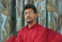 পড়া-না-পারার-শাস্তি-শিক্ষকের-গালে-ছাত্রীর-চুমু--শিক্ষকের-আজব-বিধানে-তুলকালাম-স্কুলে