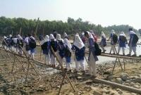 রাত-১০টা-বাজলেই-বিচ্ছিন্ন-হয়ে-পড়ে-৩৮-গ্রামের-মানুষ--কারও-পা-ভাঙছে-কারও-ভাঙছে-হাত