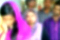 তরুণীর-সঙ্গে-আপত্তিকর-অবস্থায়-ধরা-খেল-সমাজসেবা-কর্মী