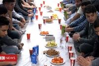 দিনে-২২-ঘণ্টা-রোজা-রাখা-মুসলিমদের-কথা-সূর্য-ডোবে-রাত-১১টায়-আর-উঠে-ভোর-৪টায়