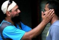 আকমলকে-বিশ্বকাপের-পাকিস্তান-দলে-চান-সাকলাইন-মুশতাক