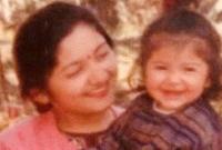 শিশুটি-এখন-স্টার-বলুন-তো-কোন-নায়িকা-