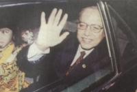 যেসব-কারণে-বাংলাদেশের-রাষ্ট্রপতির-পদ-থেকে-বদরুদ্দোজা-চৌধুরীকে-সরে-যেতে-হয়েছিল