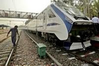 গরুর-কারণে-দারুণ-সমস্যায়-ভারতের-সবচেয়ে-দ্রুতগামী-ট্রেন-