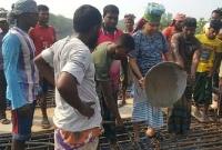শ্রমিক-সেজে-সেতুর-ঢালাইয়ে-আলোচনায়-এমপি-জগলুল-
