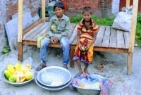 বাঙ্গি-বেচে-বোনের-জন্য-ঈদের-জামা-কিনতে-চায়-আসিফ-