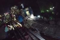 মৌলভীবাজারে-ট্রেন-দুর্ঘটনা-হতাহত-যাত্রীদের-উদ্ধারের-বদলে-মালামাল-চুরির-হিড়িক