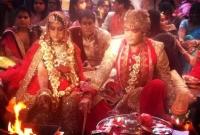বিয়েতে-২০০-কোটি-রুপি-খরচ-করে-আলোচনায়-গুপ্ত-পরিবার
