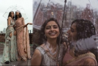 পাক-ভারত সমকামী যুগলের প্রেমের ছবিতে মাতাল নেট দুনিয়া