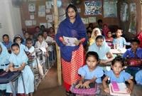 টিউশনির-টাকা-দিয়ে-স্কুল-চালাচ্ছেন-কলেজছাত্রী-