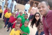 উগান্ডা-ও-রুয়ান্ডায়-শিশুদের-সঙ্গে-খেলাধুলায়-মেতে-উঠেছেন-মিথিলা