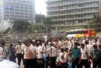 'আমার ভাই কবরে, খুনি কেন বাইরে' স্লোগানে উত্তাল নটরডেম কলেজের শিক্ষার্থীরা