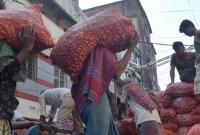 চীন-মিশর-ও-মিয়ানমার-থেকে-চট্টগ্রামে-ঢুকেছে-প্রায়-২০০-টন-পেঁয়াজ
