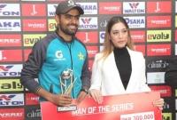 -সর্বোচ্চ-রান--করেছেন-তামিম-কিন্তু-সিরিজ-সেরা-বাবর-আজম-
