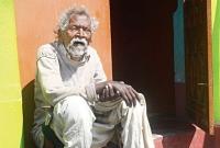 মৃত্যুর-দেড়-মাস-পর-দিনদুপুরে-বাসায়-হাজির-বৃদ্ধ-অতঃপর