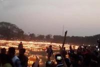 শহিদদের-স্মরণে-মাশরাফির-শহরে-এক-লাখ-মোমবাতি-প্রজ্জ্বলন