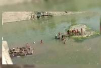 ব্রিজ-ভেঙে-নদীতে-বরযাত্রীবাহী-বাস-মৃ-ত-২৪-