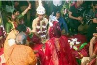 মোবাইল-চুরির-ঘটনা-নিয়ে-সৌম্যর-বিয়েতে-মা-রামা-রি-