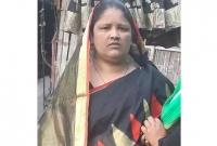 গ্রামের মানুষকে মা'রতে পাঁচটি নলকূপে বি'ষ দিলেন এক নারী!