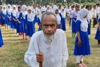 সর্বাধিক-জিপিএ-৫-পেয়ে-চা-বিক্রেতা-খালেকের-স্কুলের-সবাই-পাস