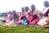 ভারতে-করোনাকে-'দেবী-মা'-মেনে-দলবেঁধে-পূজা-