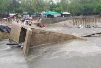 উদ্বোধনের-আগেই-সামান্য-বৃষ্টিতে-ভেসে-গেল-সেতু-