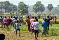 ওলি গো'ষ্ঠি ও বজলু গো'ষ্ঠীর লোকজনের মধ্যে ভ'য়াবহ সংঘ'র্ষ