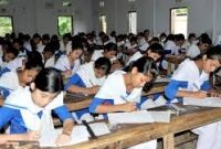 পরীক্ষা-ছাড়াই-শিক্ষার্থীদের-অটো-পাস-করিয়ে-দেয়ার-দাবি