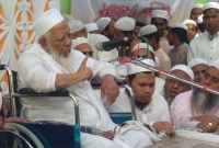পদ থেকে সরে যাওয়ার একদিন পরই আল্লামা শফীর মৃত্যু