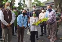 বেনাপোল-ইমিগ্রেশন-দিয়ে-সড়ক-পথে-ভারতে-ফিরে-গেলেন-রীভা-গাঙ্গুলি