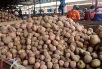 তিনদিন-ধরে-আলু-আসছে-না-কারওয়ানবাজারে-বিক্রি-বন্ধ-