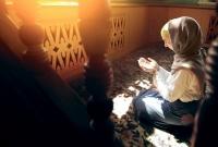 আলহামদুলিল্লাহ্-কোরআন-তেলাওয়াত-শুনে-ফরাসি-তরুণীর-ইসলাম-গ্রহণ
