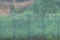 বিজিবি-র-বাধায়-সীমান্তে-কাঁটাতারের-বেড়া-নির্মাণ-বন্ধ-করলো-বিএসএফ