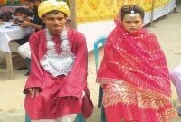 প্রেম সার্থক হলো দুই প্রতিবন্ধীর, মহাধুমধামে বিয়ে দিল এলাকাবাসী