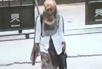 ফ্ল্যাটে-চুরি-অ্যাপ্রোন-পরা-নারীকে-খুঁজছে-পুলিশ