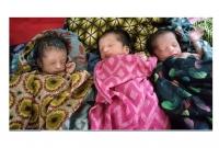 একসঙ্গে-তিন-ফুটফুটে-কন্যা-সন্তানের-জন্ম-সহ-মোট-৫-কন্যা-সন্তান-হ্ওয়ায়-মা-বাবা-মহাখুশি