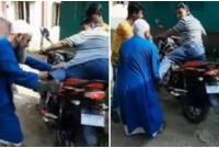 বৃদ্ধ-বাবাকে-লাথি-মারলেন-শিক্ষক-ছেলে-